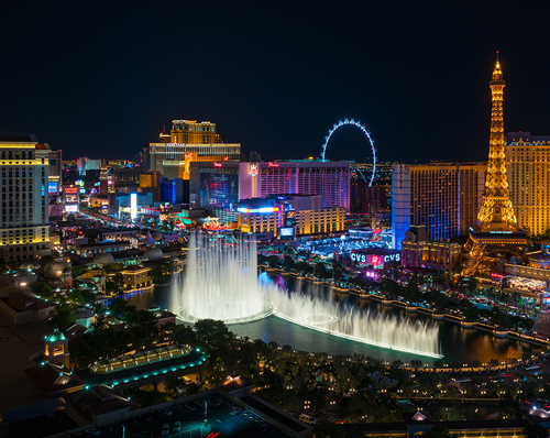 Nearby attractions including the Las Vegas strip